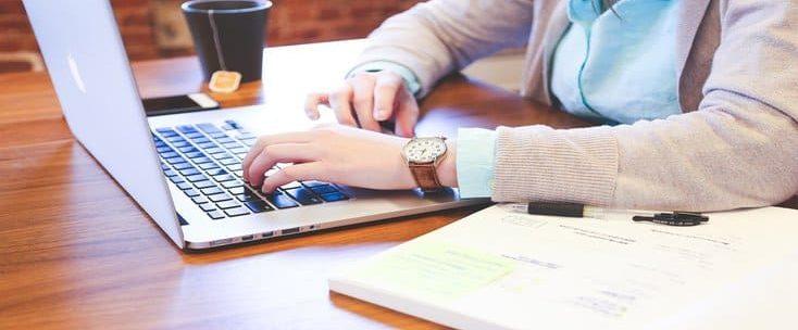 Como trabalhar em banco? Veja as principais funções e requisitos
