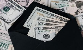 IOF: o que é esse imposto, como funciona e quem deve pagar?